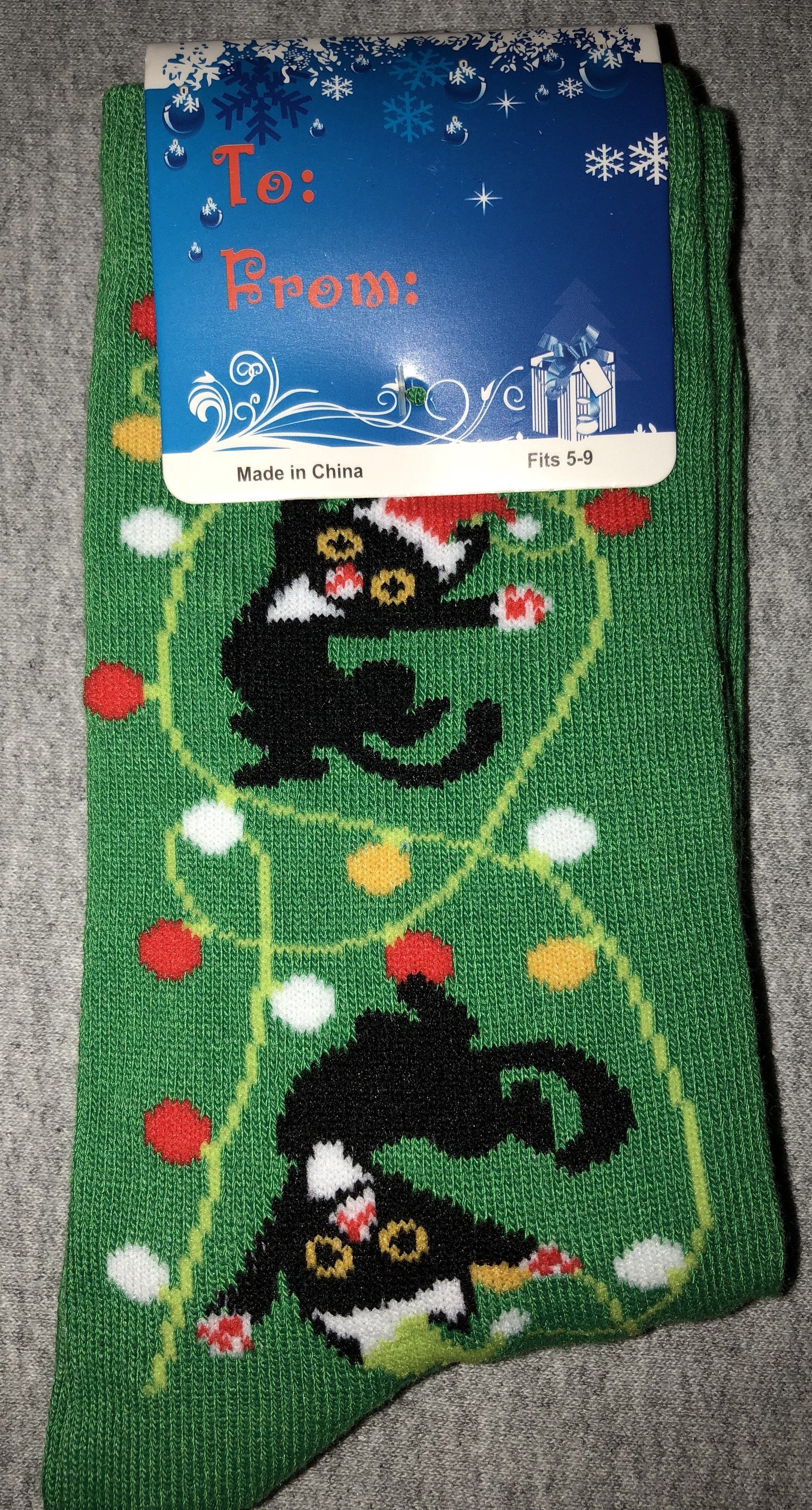 New Christmas Ladies Holiday Novelty Socks RED//CATS TANGLED//CHRISTMAS LIGHTS 5-9