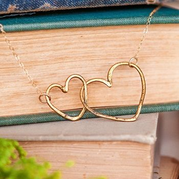Lisa Leonard - Gold Connected Hearts Necklace