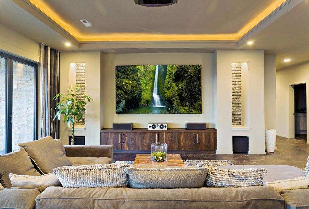 How To Decorate A Living Room With A Projector Screen Spacious Living Room Interior Design Living Room Home #projector #living #room #ideas