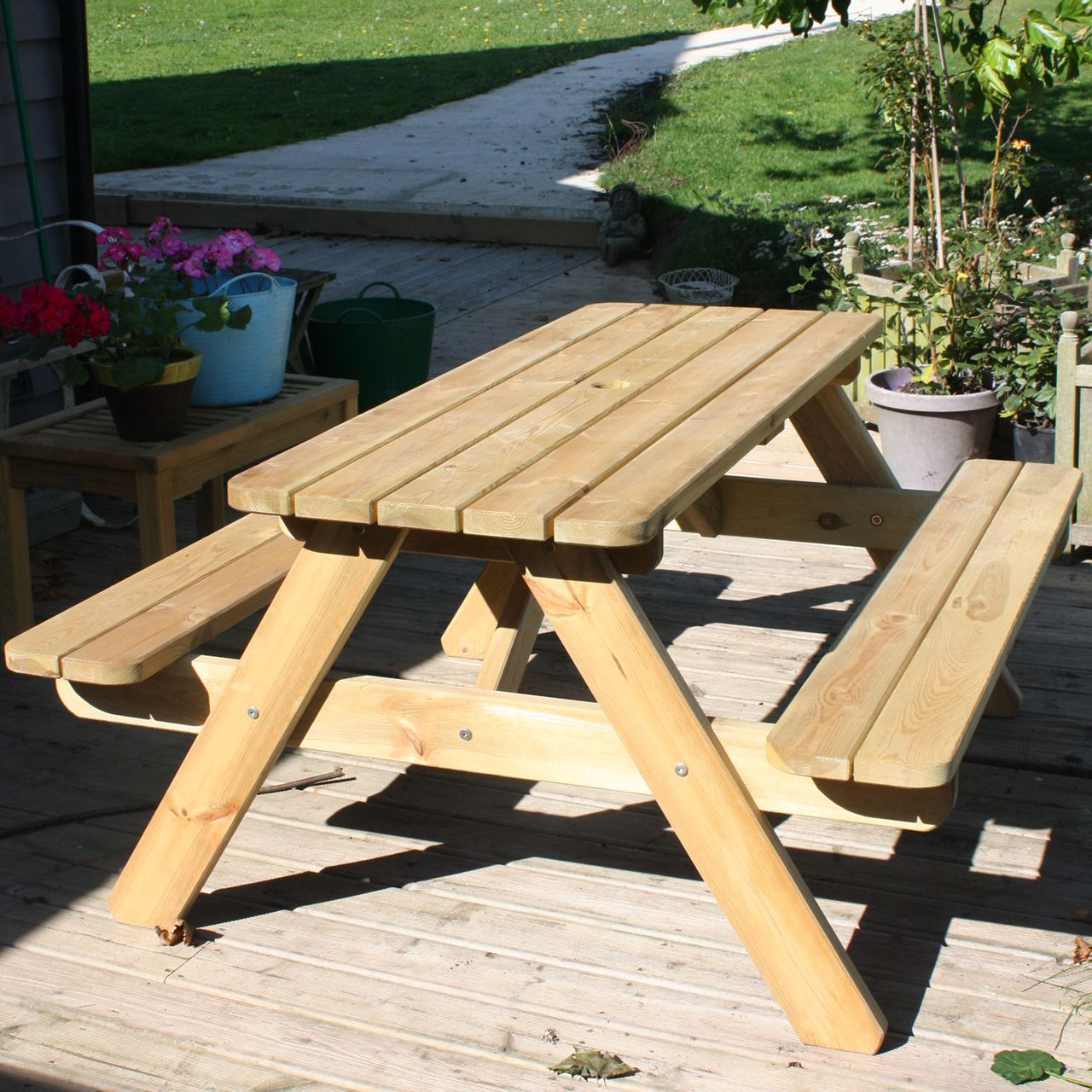 Wooden picnic table 6 seat 1400mm for gardens parks schools and pubs piggy garden