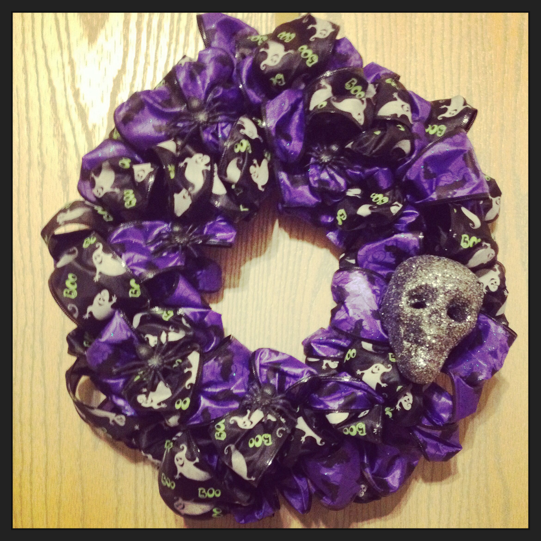 Halloween wreath diy for 12 from dollar tree Diy wreath