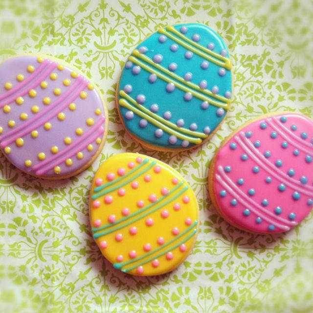 Easter egg sugar cookies decorated with glaze icing. By Blue Sugar Cookie Co. www.facebook.com/bluesugarcookieco