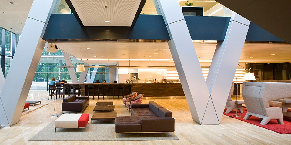 Central lobby of ernst young corporate headquarters amsterdam realized by eckhart interior - Ernst young chicago office ...