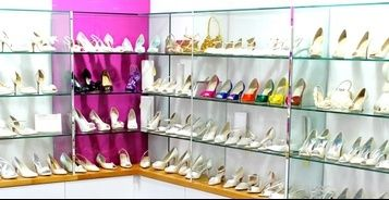 When choosing the perfect pair of shoes for her daughter wedding the mother of the bride dresses has to be considerate of several things.