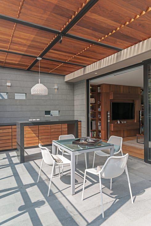 PH Andersen Terrazas de estilo por Faci Leboreiro Arquitectura