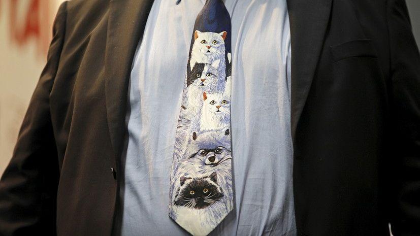 С петлёй на шее... и без: о сложных взаимоотношениях галстуков с политиками https://t.co/D23mY5nuRp #новости