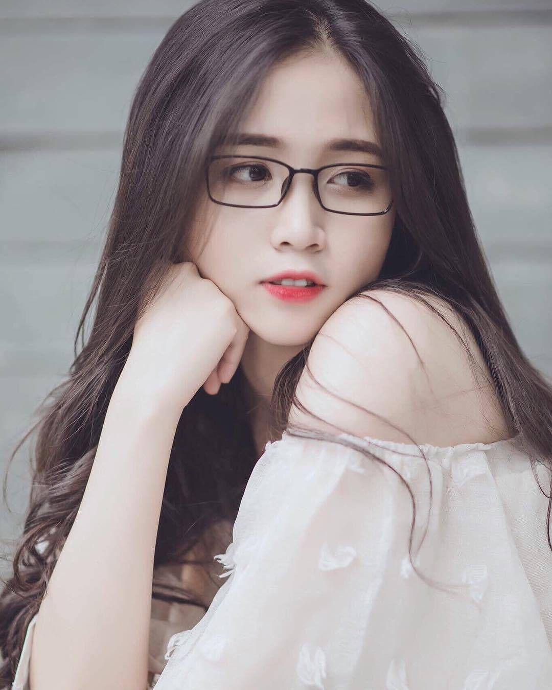Không thể rời mắt trước bộ hình áo dài quá xinh của nữ sinh 2000 đến từ Đắk  Lắk - Ảnh 12. | Nữ thần, Con gái, Hình ảnh