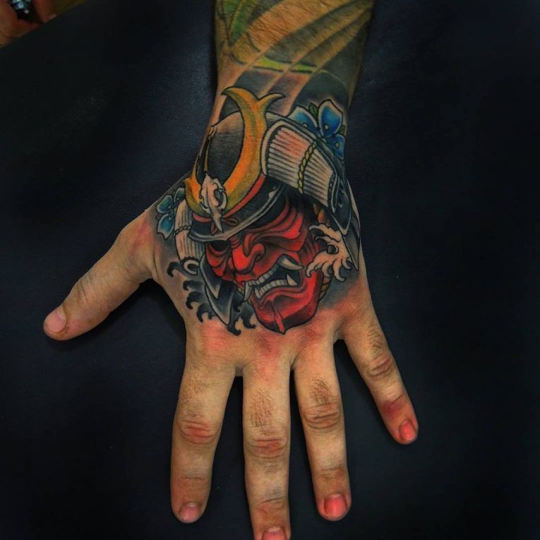 Image Result For Samurai Tattoo On Hand Samurai Tattoo Japanese Hand Tattoos Hand Tattoos