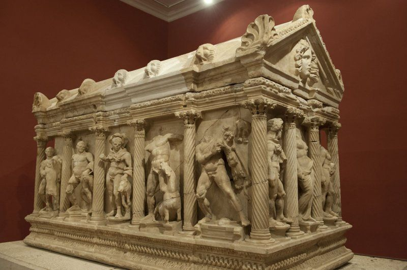 The 12 Labours of Hercules (Heracles), Roman relief (marble), sarcophagus, 2nd century AD, (Antalya Müzesi, Antalya). [photo by Dick Osseman]