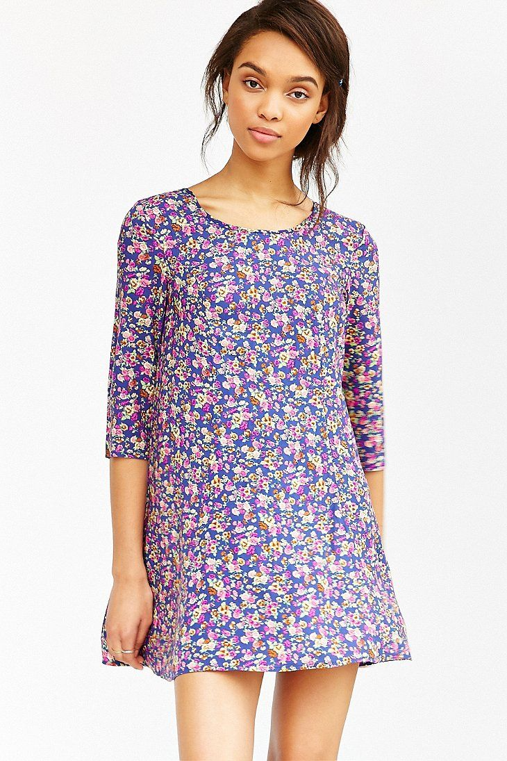 Kimchi Blue 3/4 Sleeve Voluminous Swingy Dress - Urban Outfitters