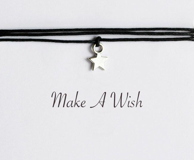 Hacer una pulsera de estrellas de deseo de ZoeundLola en Etsy https://www.etsy.com/es/listing/214953007/hacer-una-pulsera-de-estrellas-de-deseo