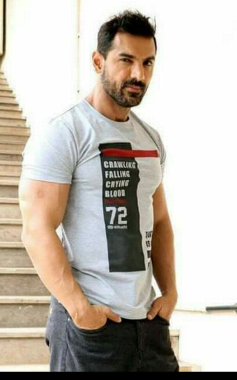 John Abraham Photo Gallery - india-forums.com