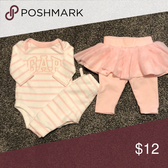 c9c52a22b7 Gap 0-3 month girl matching set w extra pants Gap 0-3