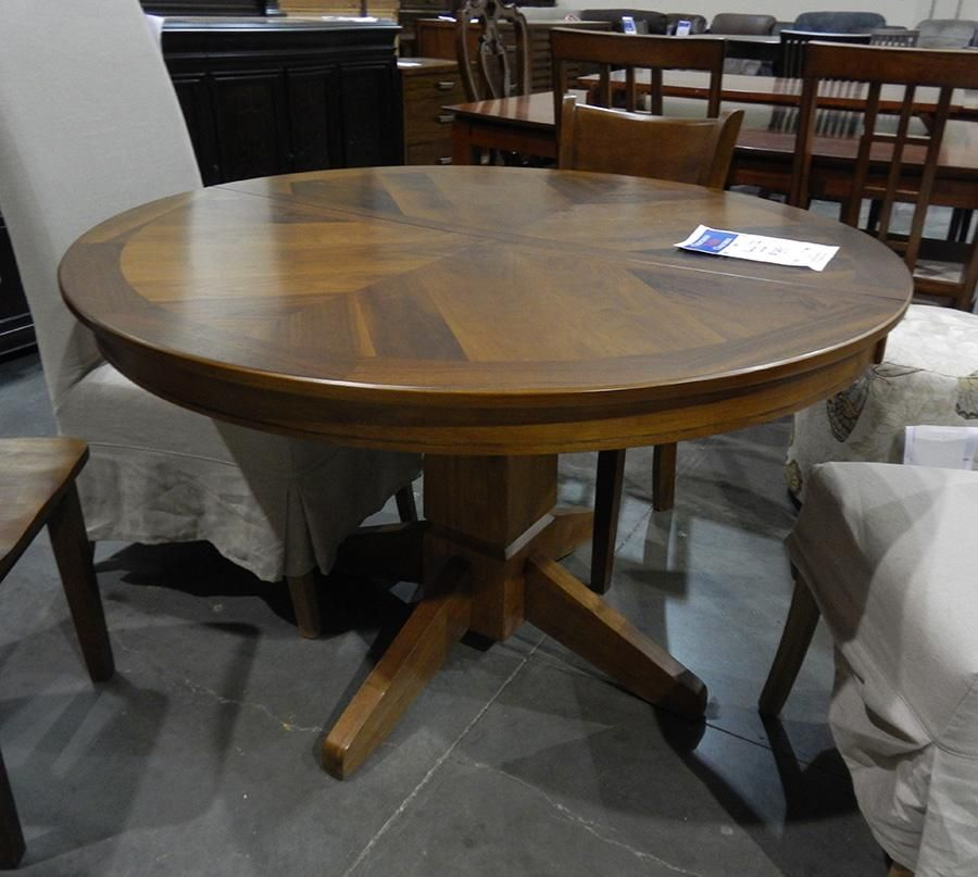 Furniture Clearance Pedestal Dining Table