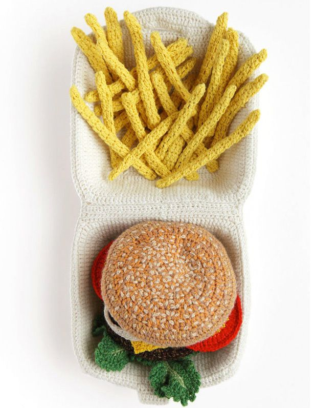 Hamburguesa y patatas - KATE JENKINS | Crochetmania | Pinterest ...