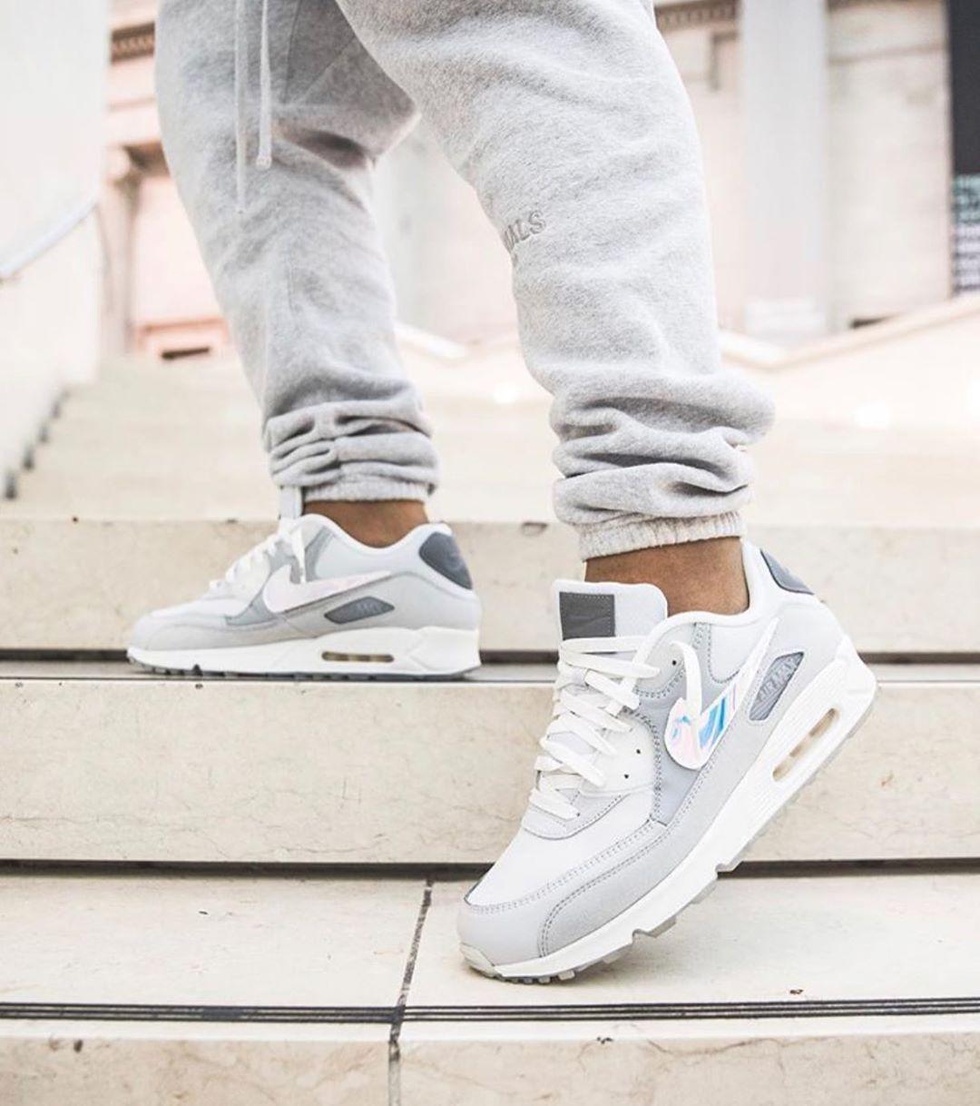 "1⃣9⃣ @basementapproved x Nike Air Max 90 ""London"", worn by"