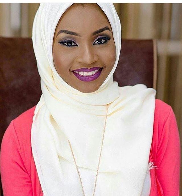 Smiling bride to be 😊😊#beautifulmuslimah #islamlover #proudmuslimah #happymuslimah #islamispeaceandhappiness