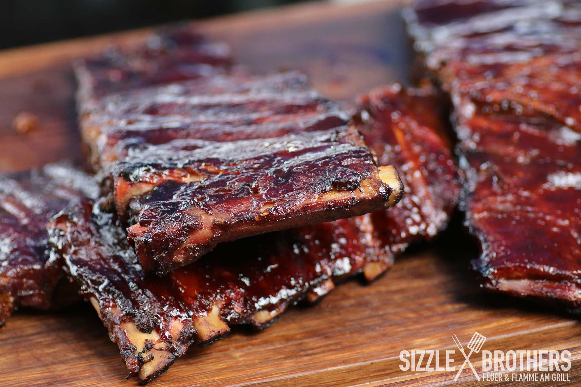 Sizzle Brothers Spareribs Vom Gasgrill : Sizzlebrothers sizzlebrothers auf