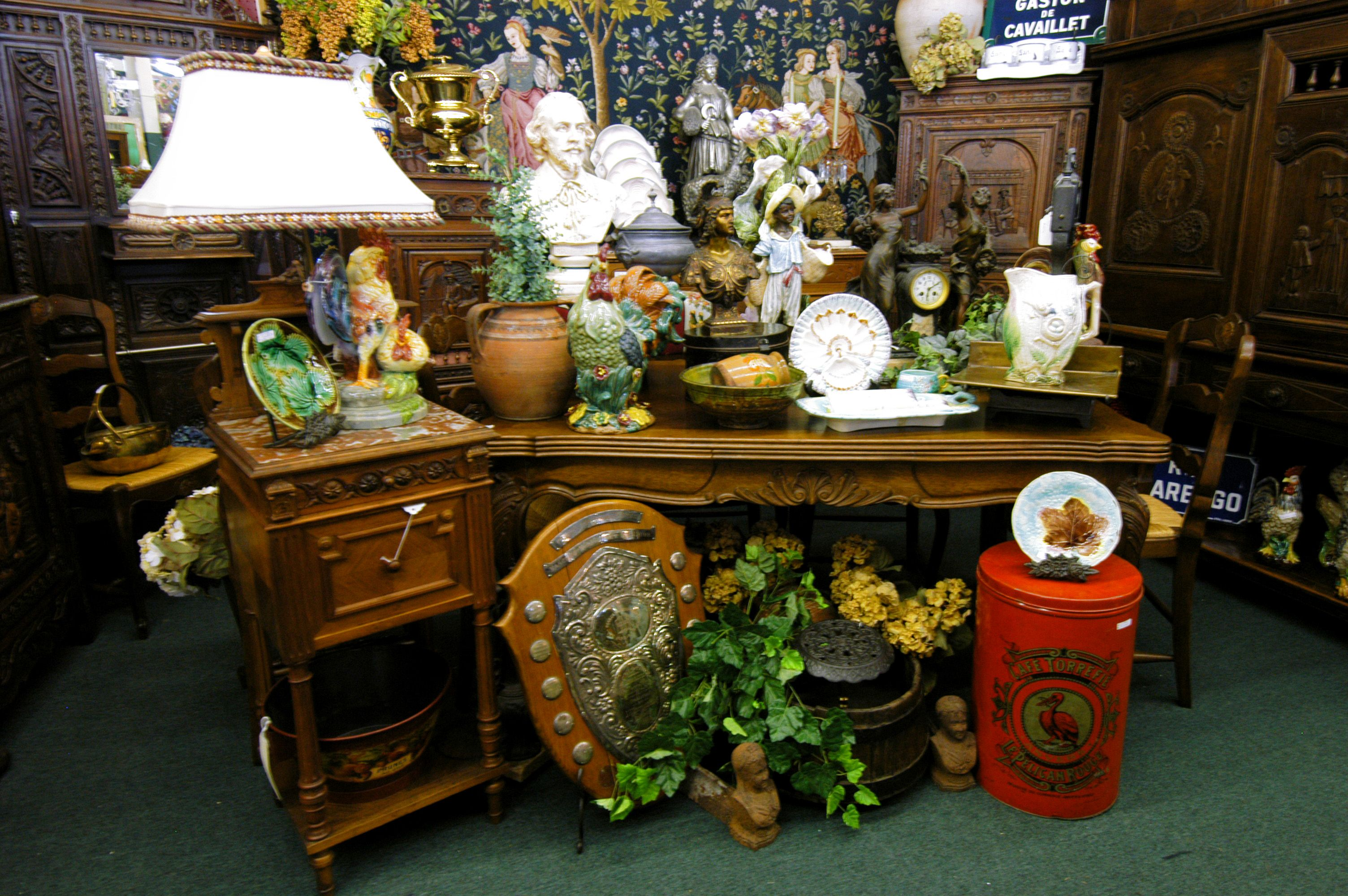 Antique Mall Booth Display Ideas  Bing Images