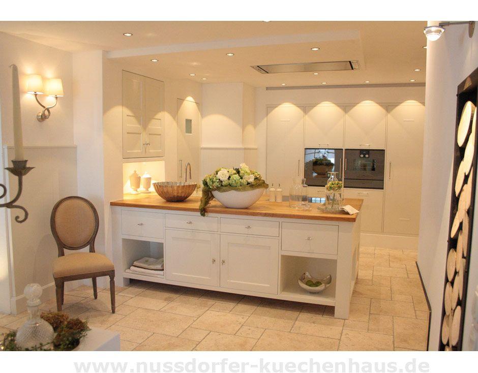 moderne landhausk chen. Black Bedroom Furniture Sets. Home Design Ideas