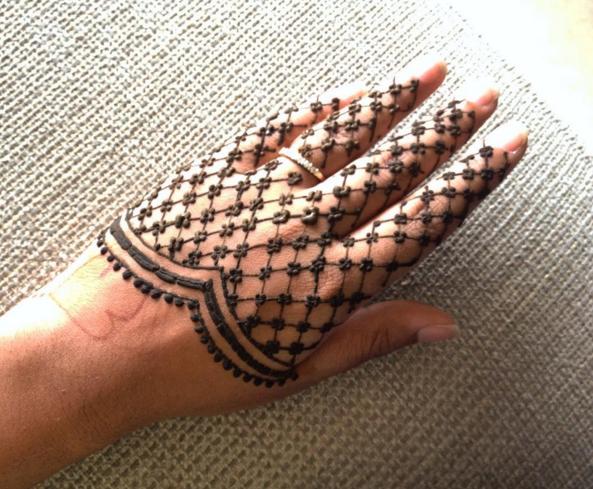 Mehndi Lace Tattoo : This flawless lace mehendi hennas and mehndi
