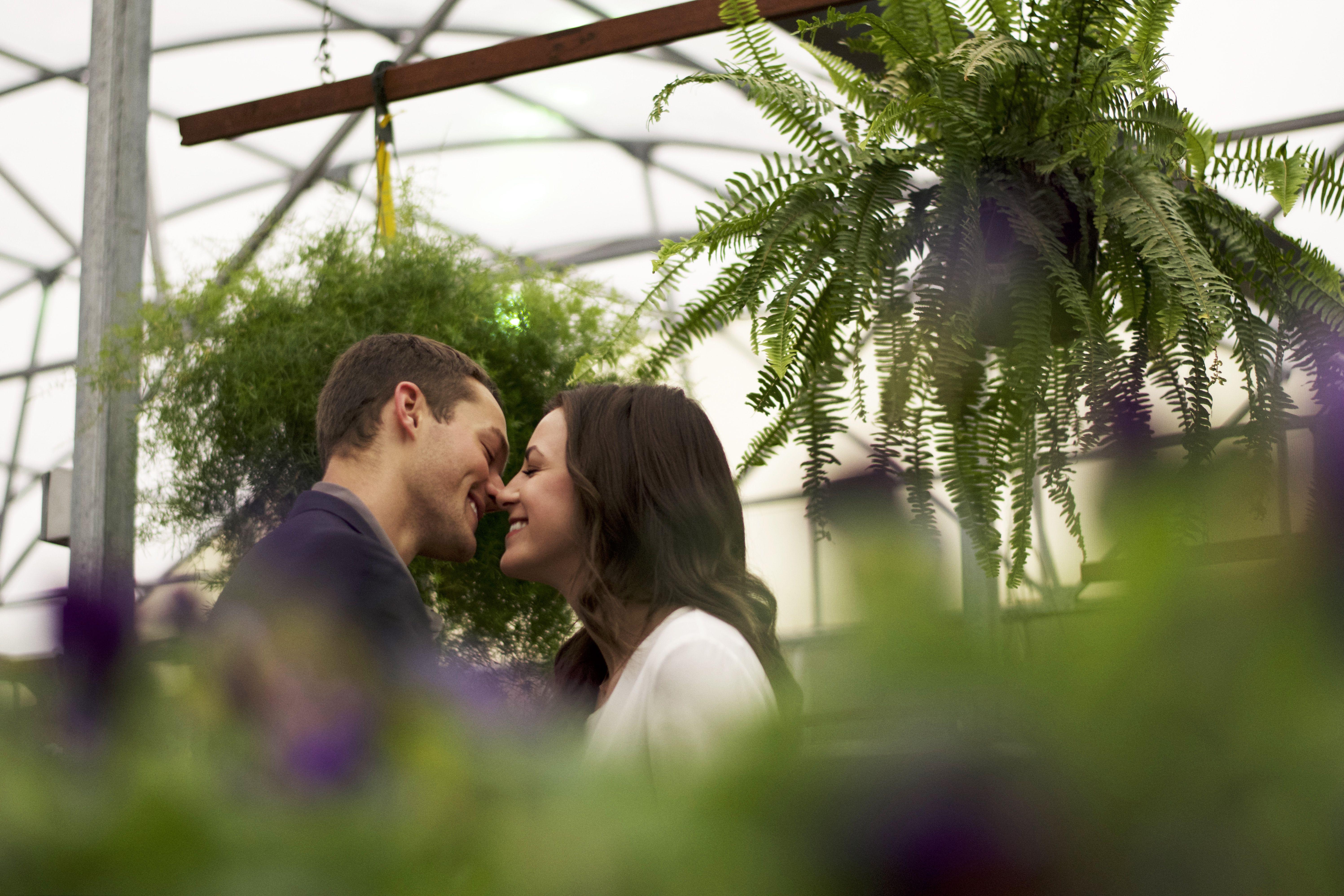 The greenhouse dallas tx - Greenhouse Engagement Photos Dallas Texas Wedding Photographer Camera Shi Photography