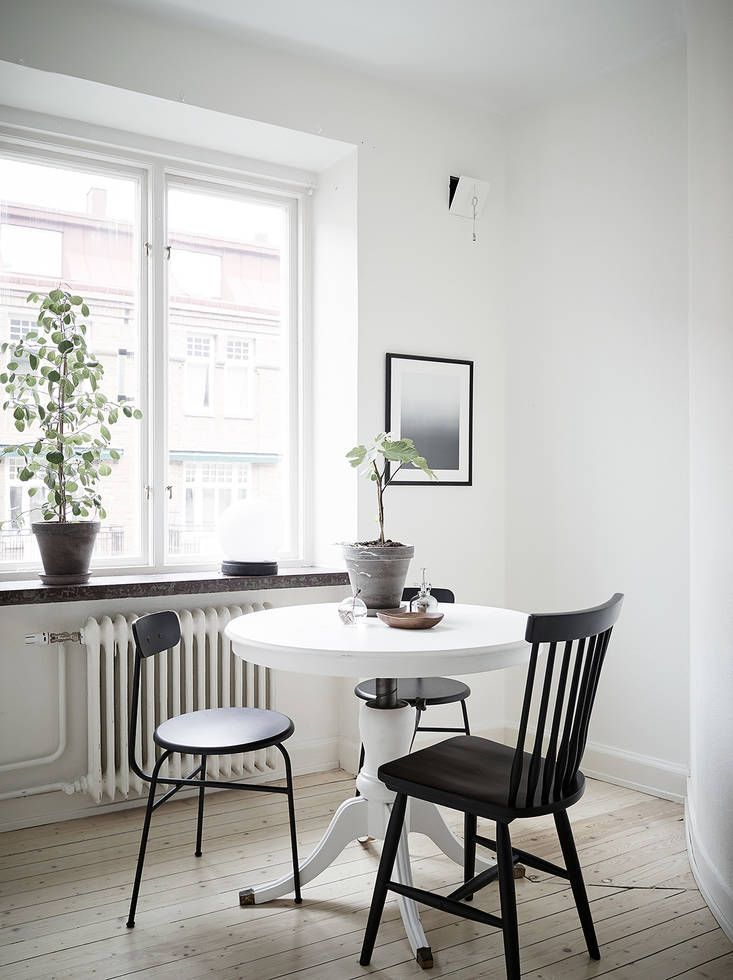 Cozy home with a vintage touch - via Coco Lapine Design | Living ...