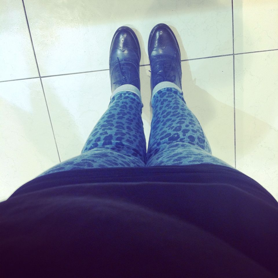 The new collection! At work! #calzedonia #leggings #animalier #jeans