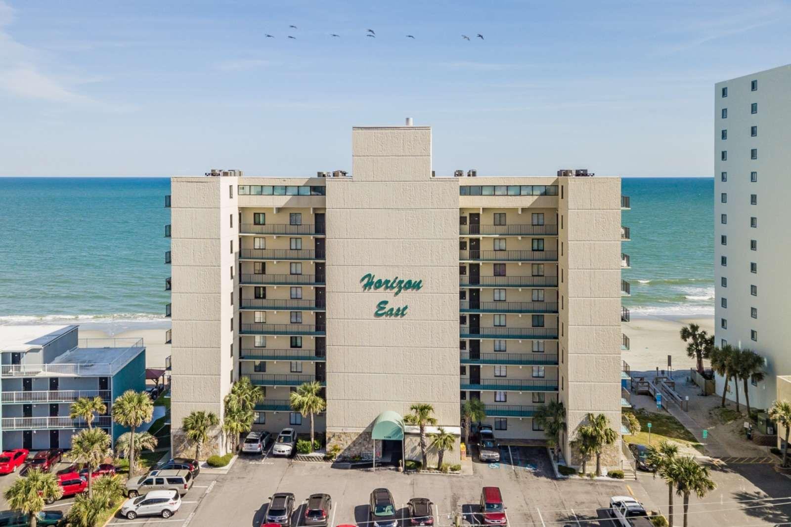 Garden City Vacation Rental Horizon East 601 Oceanfront 3 Bedroom Free Water Park Aquarium Golf More Every Garden City Beach City Vacation Oceanfront