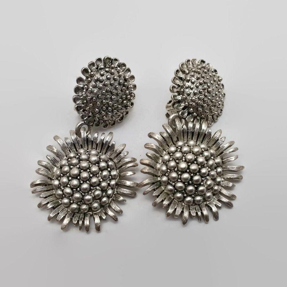 Oscar De La A Silver Tone Sunflower Designer Clip Earrings