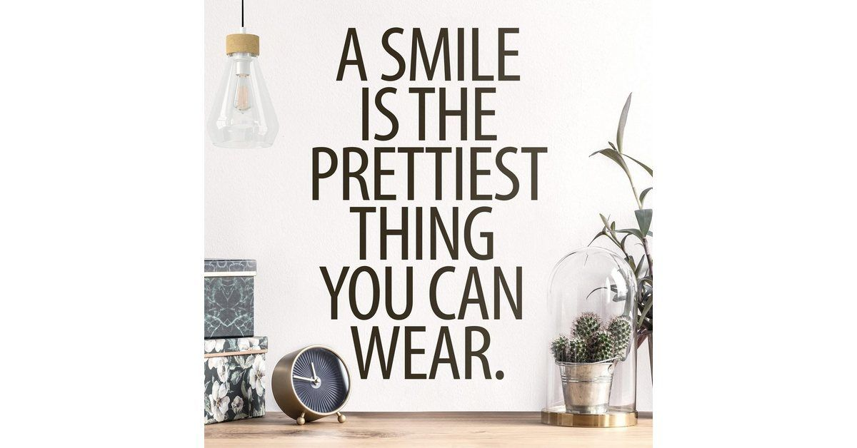 Photo of Wandtattoo »A Smile is the prettiest thing Sans Serif«