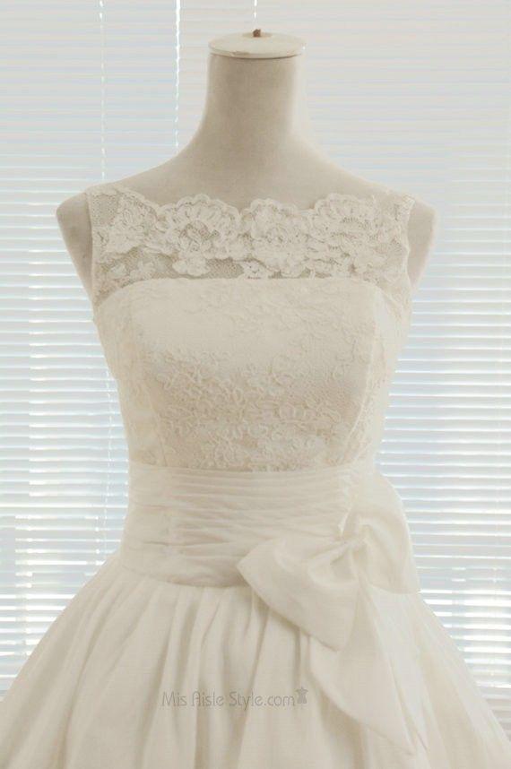 Knee Length Vintage V-back Lace Wedding Dress   Wedding Dresses ...