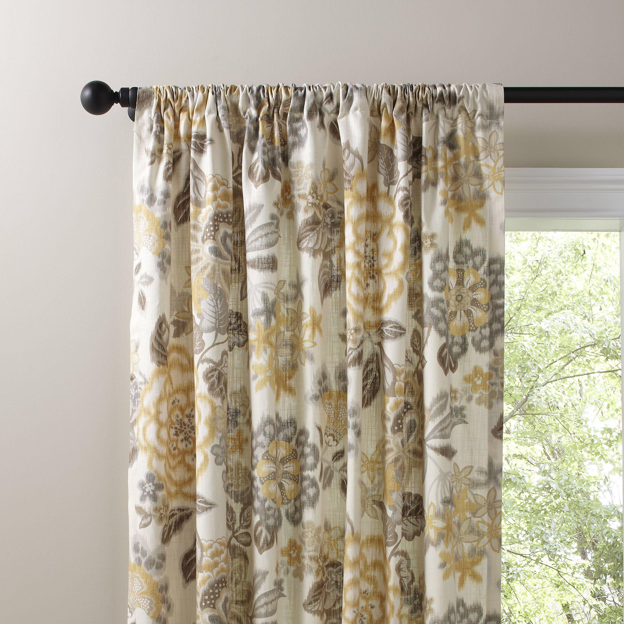 Chic Living Roomideas: Marguerite Single Curtain Panel