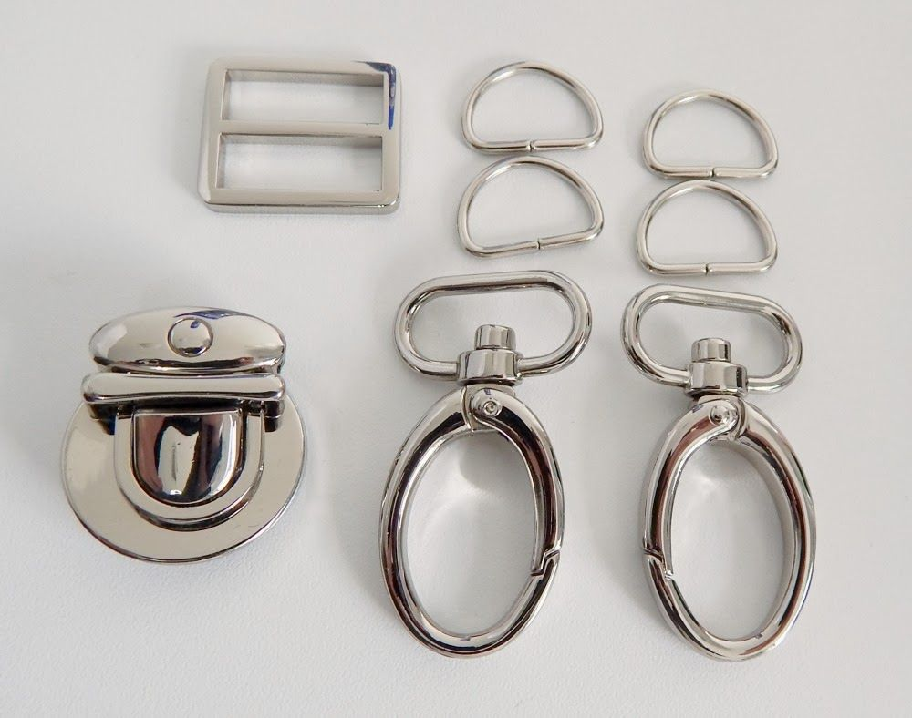 March bag hardware