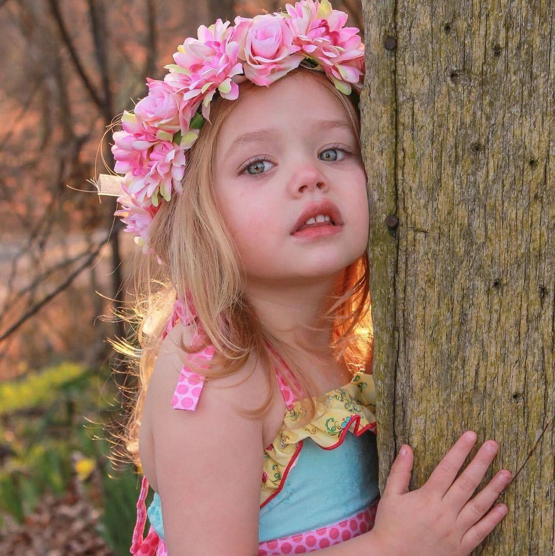 Watch 35 Flower Girl Hairstyles video