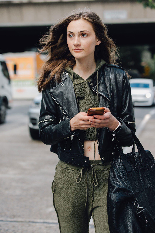 8e399f38794 The Best Street Style From Australian Fashion Week 2017 | Street ...