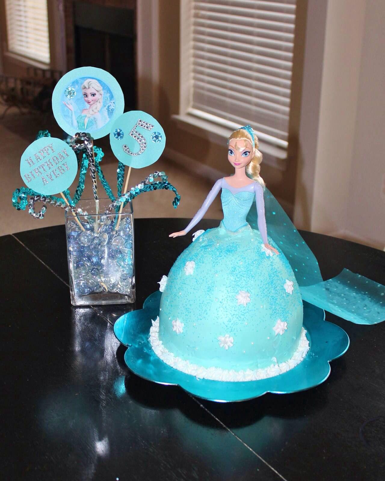 Frozen Elsa birthday cake Elsa birthday, Frozen birthday