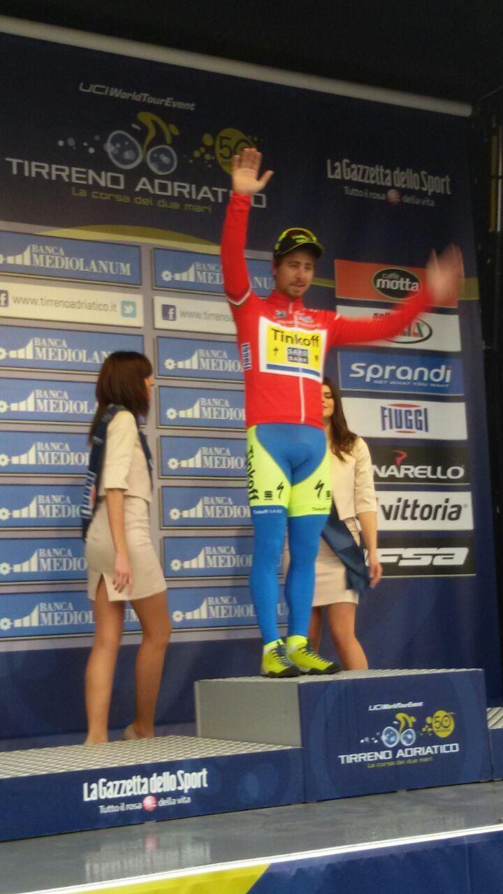 Tirreno Adriatico @TirrenAdriatico La Maglia Rossa, la Maglia Verde e la Maglia Bianca! #Tirreno pic.twitter.com/OUoLsplyT4