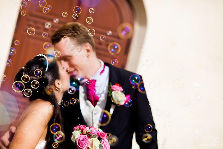 Bolinhas de sabão no casamento