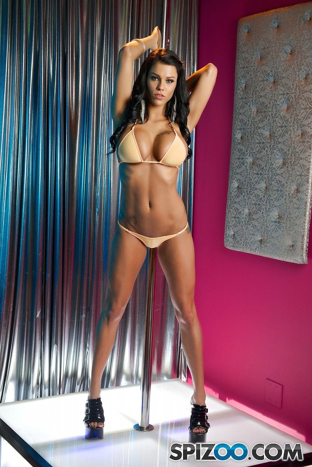 Naked sexy girl thigh boobs