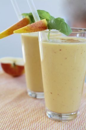 Sugarprincess: apple-banana smoothie for athletes and fitness enthusiasts and everyone who loves it...