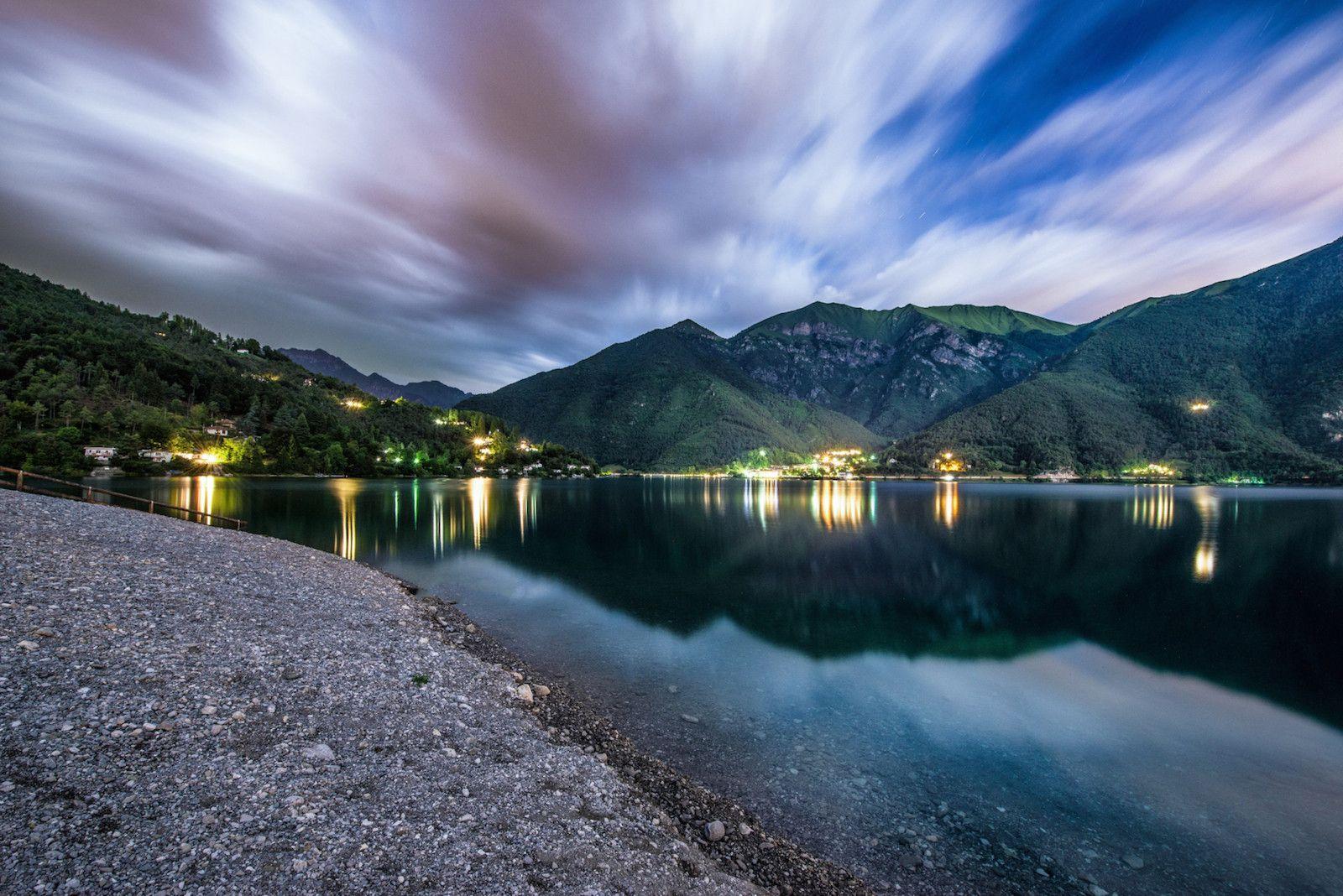 Naast het beroemde Gardameer kent Noord-Italië nog talloze andere prachtige meren. Deze fotograaf neemt ons mee naar zijn favoriete plekken!