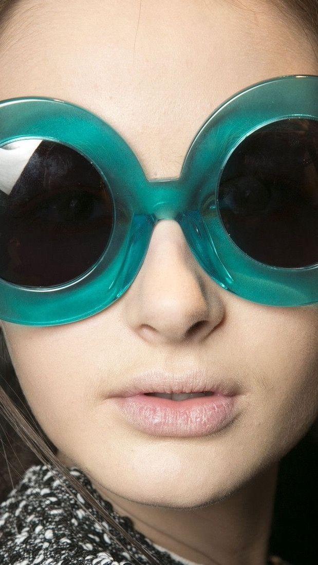 e619b0c2a3f2b Giant 60s glasses   Hallucinogenic Hippo Mini Dresses for the Modern ...