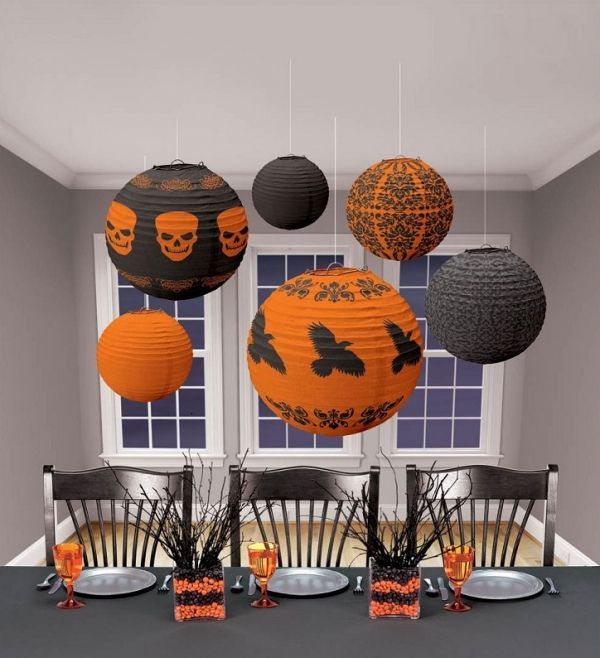 40+ Cheap & Easy DIY Halloween Decorations (With Images