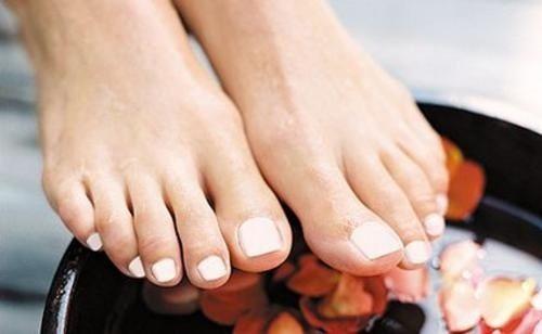 6 remèdes naturels pour traiter les ongles infectés