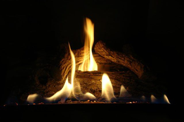 How To Adjust The Pilot Light On Gas Logs With Images Clean