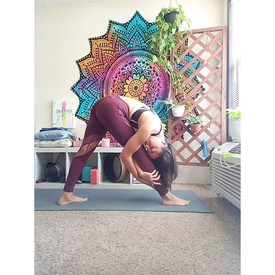 I know who I want to be, I'm not her yet, but I'm working on it. . #yoga #fitness #meditation #gym #...