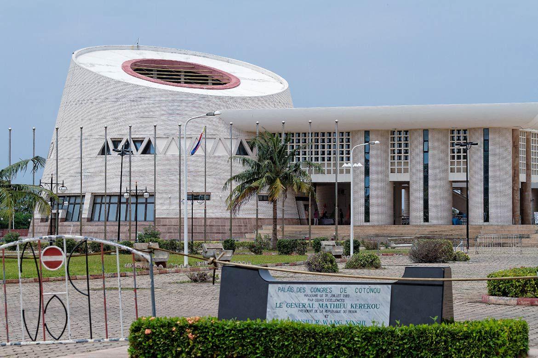 Palais Des Congres Cotonou Benin In 2020 Cool Places To Visit Cotonou Travel And Tourism