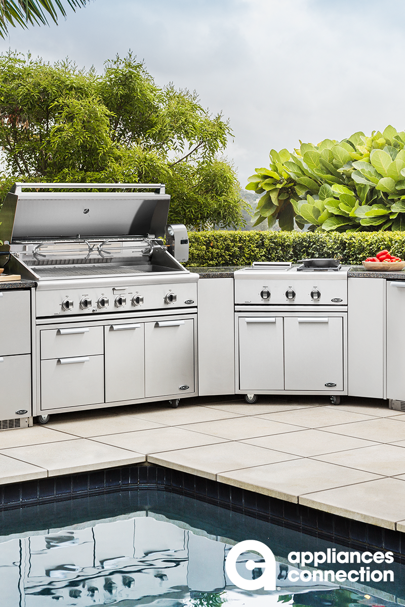 Your Outdoor Kitchen Can Be Configured To Your Specific Needs And Preferences With Dcs Joinin Outdoor Kitchen Outdoor Kitchen Appliances Outdoor Kitchen Island