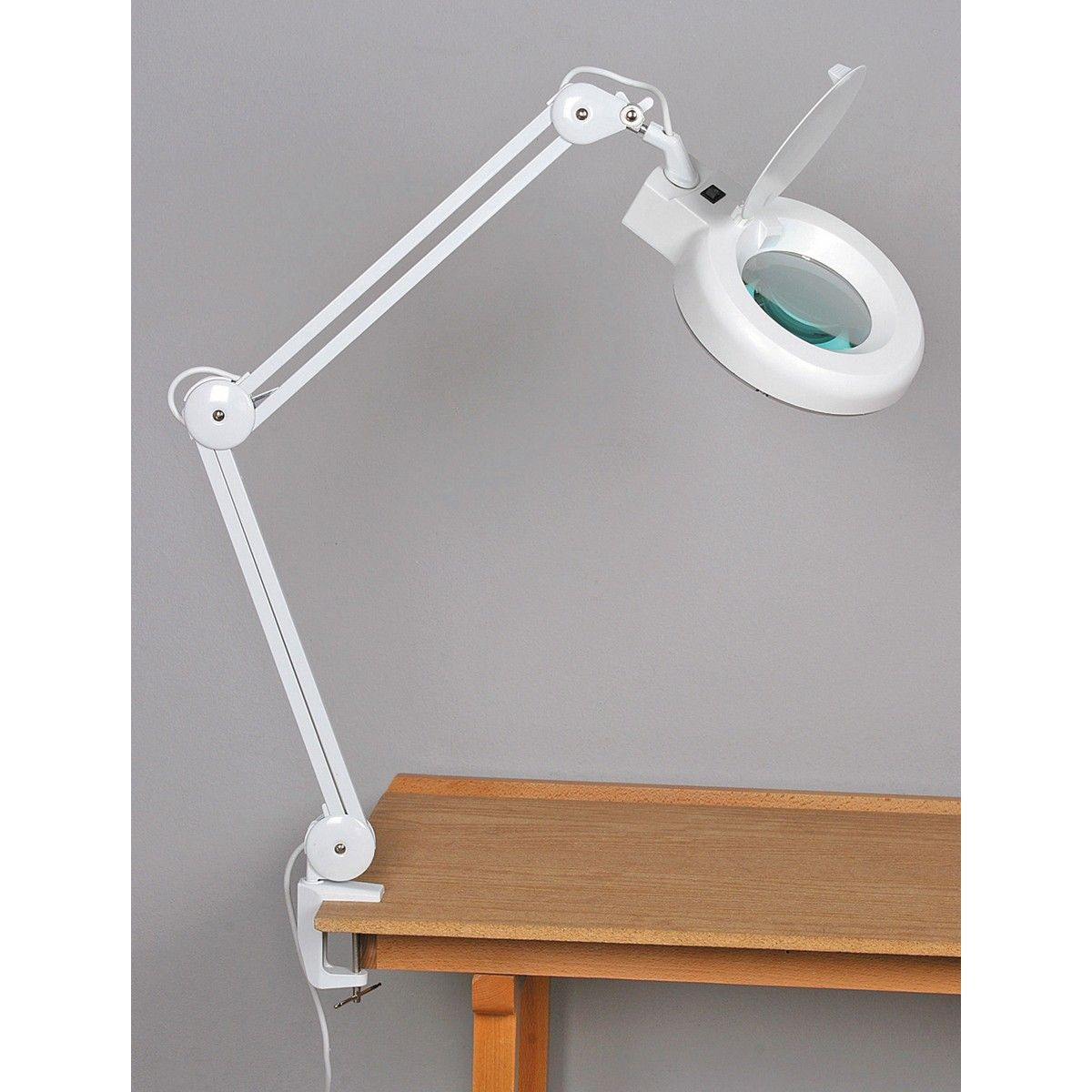 Fluorescent Magnifying Lamp – Desk Magnifying Lamp